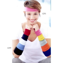 mega-cap-terry-cloth-wristbands-1